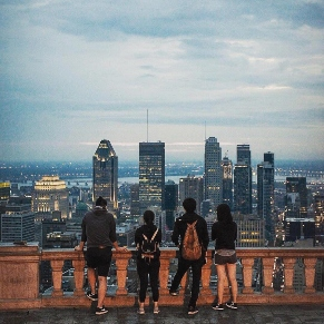 ilsc-montreal-students-activity-mont-royal-city-sunset-view