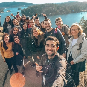 ilsc-vancouver-students-activity-deep-cove-hike