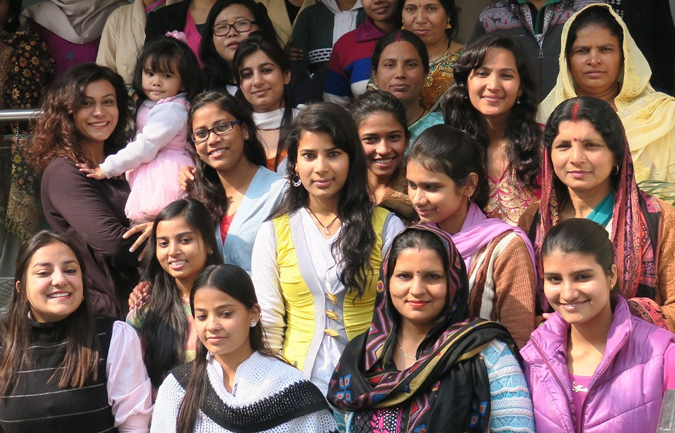 Group of Learn to Earn students in India. These young women study English and get career skills training in the program to improve their future opportunities.